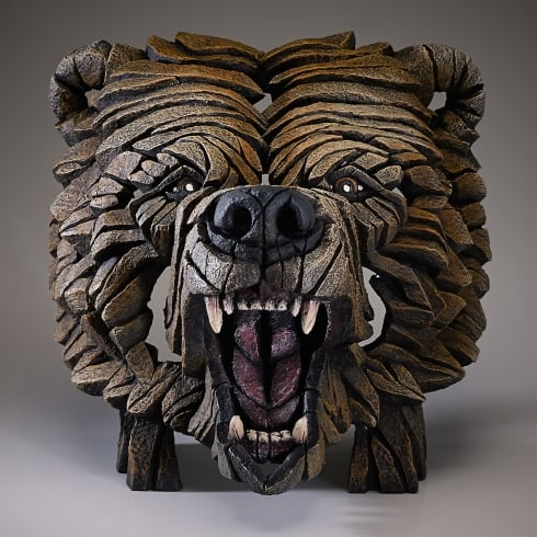 Edge Sculpture Grizzly Bear