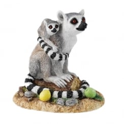 Natural World Never Letting Go Lemur & Young Figurine