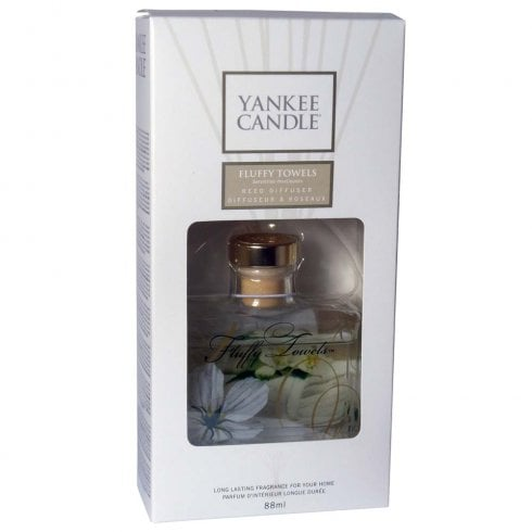 Yankee Candle Signature Reed Diffuser Fluffy Towels