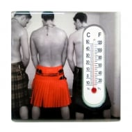 Three Kilts Magnet With Thermometer
